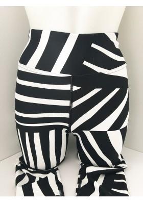 High Waisted Geo Zebra Leggings - XS
