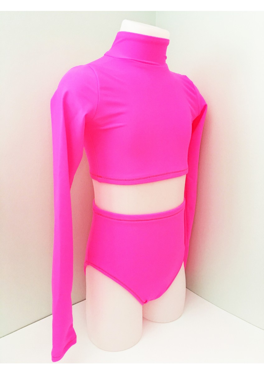 Side View - Crop Set in CERISE